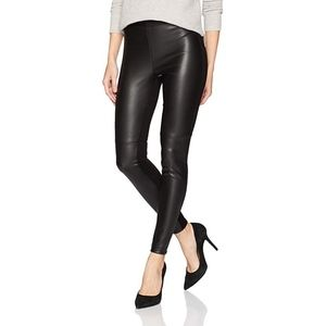 Bailey 44 Womans Slimming Sexy Skinny Pants NWT